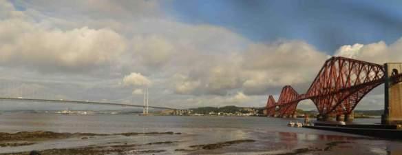 Edinburgh bridges panorama