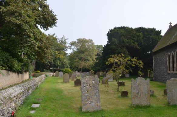 st nicholas ringwould churchyard12