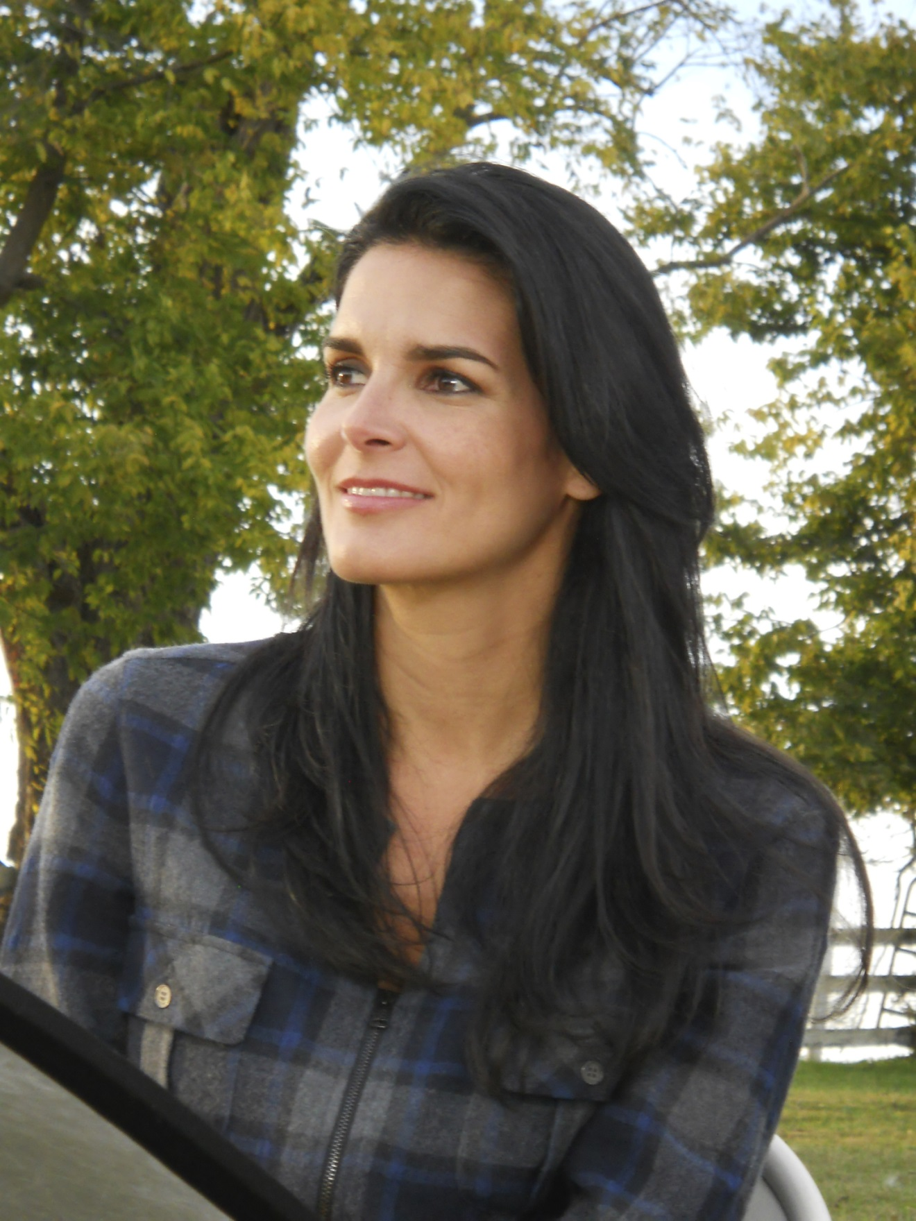 Angie Harmon At More Magazine September 2013: Who Do You Think You Are