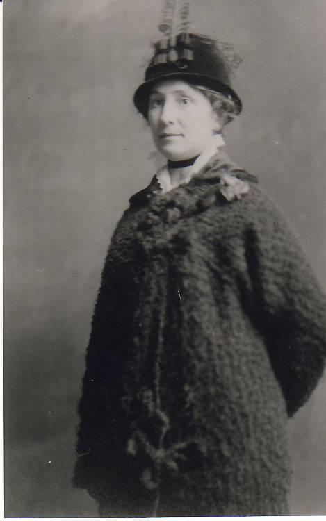 Nora Kirsch Lore 1913