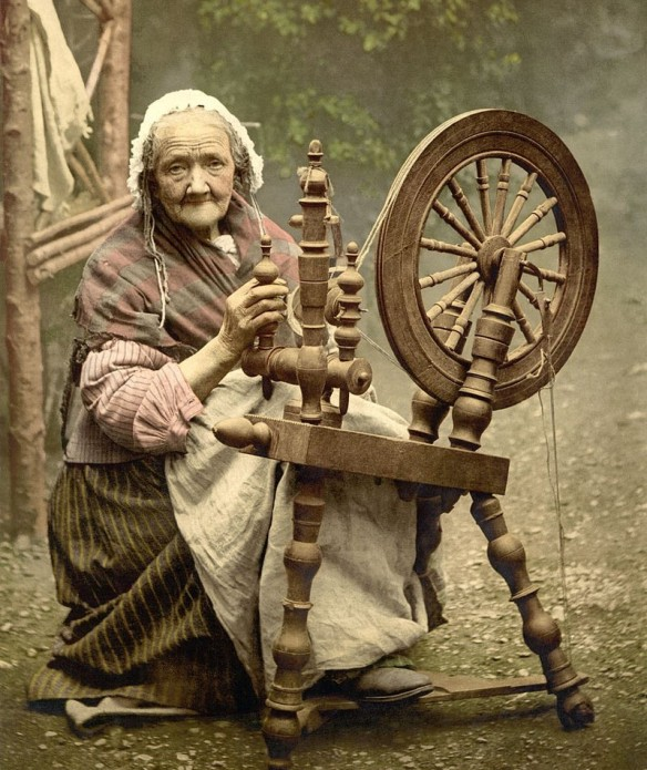 mary-dodson-spinning-wheel